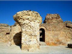 Cartagine, Terme di Antonino Pio - Carthage, Antonine Baths by <b>Sergio Bagna</b> ( a Panoramio image )
