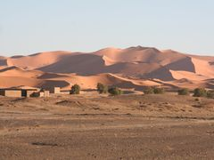Desert - Erg Chebbi , Morocco by <b>Chinappi</b> ( a Panoramio image )