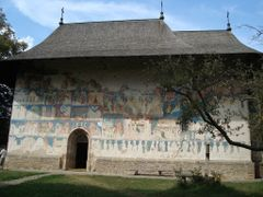 BISERICA ARBORE by <b>florian75</b> ( a Panoramio image )