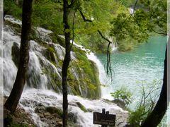 Paradise ?  NO...just Plitvice. by <b>crina.stanciu</b> ( a Panoramio image )