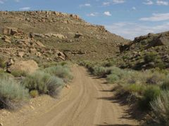 Smokey Hollow Road (Road 330), Escalante National Monument, NE o by <b>Lon&Queta</b> ( a Panoramio image )