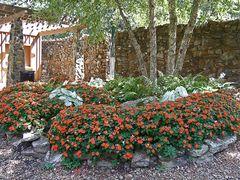 Inside T. R. Pugh Memorial Park by <b>Geezer Vz</b> ( a Panoramio image )