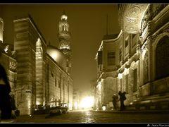 El Cairo. Nocturna en la zona antigua dedicada a Cuky  by <b>Jesus Municio</b> ( a Panoramio image )