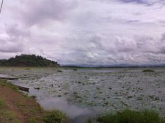TAKMU(LOKTAK LAKE) SENDRA HILLOCK ON BACKGROUND by <b>Devendra_Hijam</b> ( a Panoramio image )
