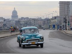 (messi10) Havanna – oldtimer at the Malecon [120°]   by <b>©polytropos</b> ( a Panoramio image )