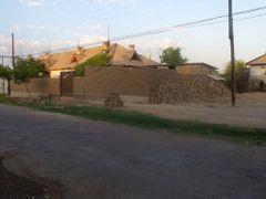 Улица Островского. Вот из такого кирпича - сырца строят и дома и by <b>рифкат</b> ( a Panoramio image )