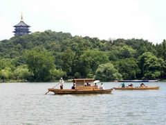 west lake by <b>reza-tj</b> ( a Panoramio image )