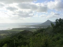 Mauritius, panorama with Tamarin mountain by <b>Aldo Ferretto</b> ( a Panoramio image )