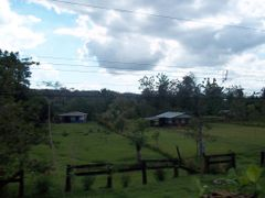Casitas campesinas por Piedras Blancas de Osa by <b>luissamudio</b> ( a Panoramio image )