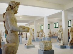 Cyrene - Museum - Mythological deities by <b>Cottius</b> ( a Panoramio image )