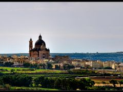 Xewkija - Isla de Gozo - Malta by <b>Karppanta</b> ( a Panoramio image )