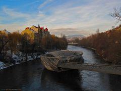 AUT Graz Murinsel [Mur] from Mursteg {-3c} by KWOT by <b>KWO Tsoumenis</b> ( a Panoramio image )