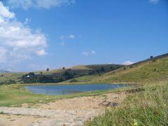Kalin Kamen - Lake by <b>Rade57</b> ( a Panoramio image )
