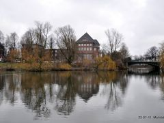 Hochschule fur bildende Kunste -Lerchenfeld- by <b>tower10</b> ( a Panoramio image )