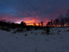 Middle Run Winter Sunset by <b>Scott Gore</b> ( a Panoramio image )