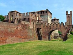 Castello di Soncino by <b>Diego DeGa</b> ( a Panoramio image )