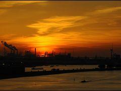 MAASSLUIS, Europoort - Sunset by <b>Ria Maat</b> ( a Panoramio image )