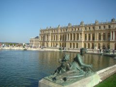 Welcome to Versailles palace & gardens : The enchantment of UNES by <b>? Cathy Cotte ?©</b> ( a Panoramio image )