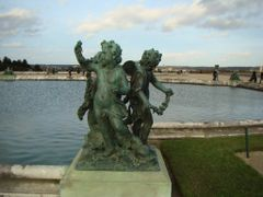 "Versailles in winter : ""lovely cherubs"" dedicated to Francine!** by <b>? Cathy Cotte ?©</b> ( a Panoramio image )"