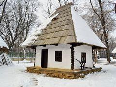 Pe ulita satului by <b>Lalyk</b> ( a Panoramio image )