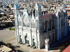 Templo Expiatorio, Leon Gto. by <b>Gustavo Rodriguez Mena.</b> ( a Panoramio image )