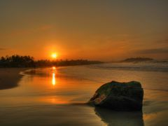 golden morning by <b>beyer99</b> ( a Panoramio image )