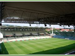Gerhard Hanappi Stadion by <b>gerrry1</b> ( a Panoramio image )
