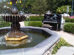 PMIY Piano Mariemont Square, Cincinnati, OH by <b>jdittelberger</b> ( a Panoramio image )