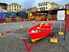 Genova - Spiaggia di Sturla by <b>alex47ge</b> ( a Panoramio image )