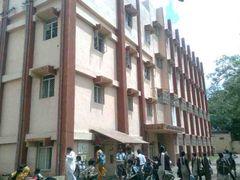 New English High School,Akola by <b>majidsayyed</b> ( a Panoramio image )