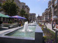 Unirii, Iulie 2007 by <b>sergiuro</b> ( a Panoramio image )