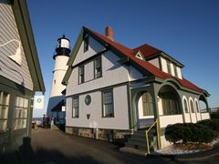 Portland Head Lighthouse by <b>scenicplaces.com</b> ( a Panoramio image )