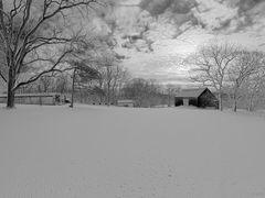 Winter Scene in Black & White by <b>Scott Gore</b> ( a Panoramio image )