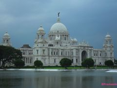 VICTORIA MEMORIAL, on a rainy day,,, Kolkata by <b>B.Pramanik</b> ( a Panoramio image )
