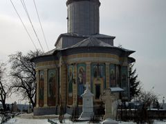 The dog and the church by <b>tachi_xt</b> ( a Panoramio image )