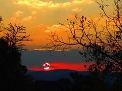 Mountain Sanctuary Park sunset by <b>j. adamson</b> ( a Panoramio image )