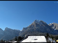 A beautiful day in Busteni (2) by <b>Sandy065</b> ( a Panoramio image )