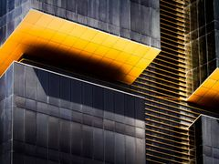 Golden Tower - detail by <b>S?ren Terp</b> ( a Panoramio image )