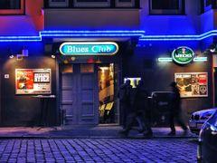 Blues Club, Meisenfrei in Bremen, Come on in - (C) by Salinos_de by <b>Salinos</b> ( a Panoramio image )