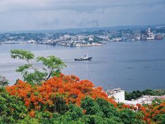 vista de la habana by <b>merengue123</b> ( a Panoramio image )
