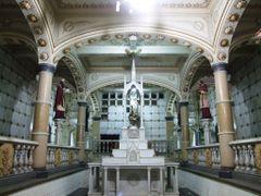 Altar Subterraneo y Criptas del Templo Expiatorio by <b>? ? galloelprimo ? ?</b> ( a Panoramio image )