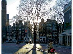 """Burgwallen-Nieuwe Zijde by <b>Pom""""</b> ( a Panoramio image )"""