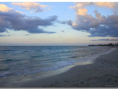 (messi10) Guanabo  –  evening at the beach [80°]   by <b>©polytropos</b> ( a Panoramio image )