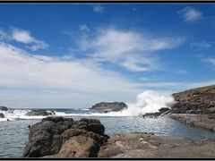 Kiama Rockpool Baths  www.ozthunder.com by <b>Michael Thompson</b> ( a Panoramio image )