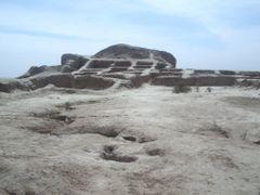 Citadelle Toprak Kala 2006 -  Uzbekistan by <b>© SisAnnick</b> ( a Panoramio image )