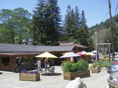 Big Sur / River Inn by <b>Alfred Mueller</b> ( a Panoramio image )