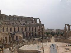 Amphitheatre of El Jem, Tunisia. by <b>Nicola e Pina Tunisia 2003</b> ( a Panoramio image )