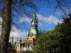 clock tower from dunfermilne abbey by <b>tam R 1313</b> ( a Panoramio image )