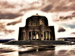 Crown Point Vista House by <b>plumber</b> ( a Panoramio image )