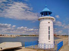 Farul Genovez(?!?).Vedere spre portul turistic. Mangalia.Constan by <b>CGabi</b> ( a Panoramio image )